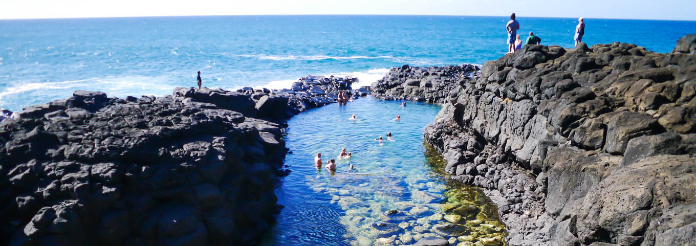 A beautiful day at the Queen's bath, Kauai Hawaii
